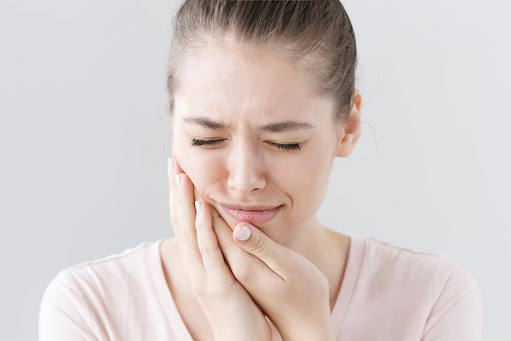Trastorno de la ATM: chasquidos en la zona mandibular